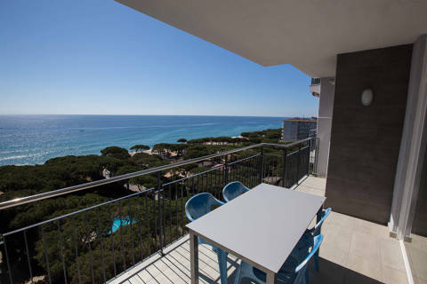 73d2e-blanes-apartments-beach--25-.jpg