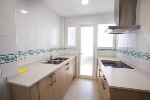 9ec02-blanes-apartments-beach--14-.jpg
