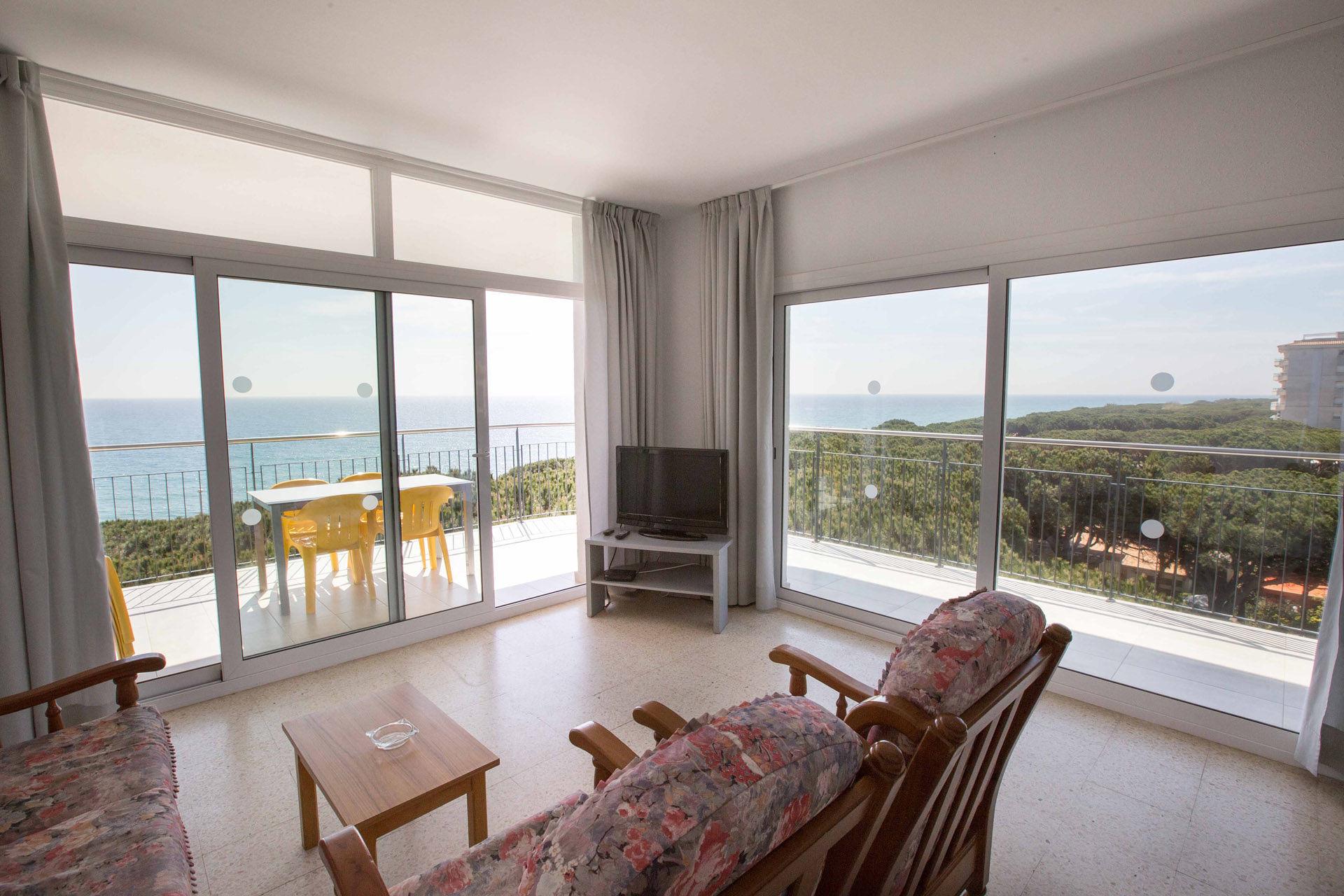 Apartaments Blanes-Condal - b3d70-blanes-apartments-beach--21-.jpg